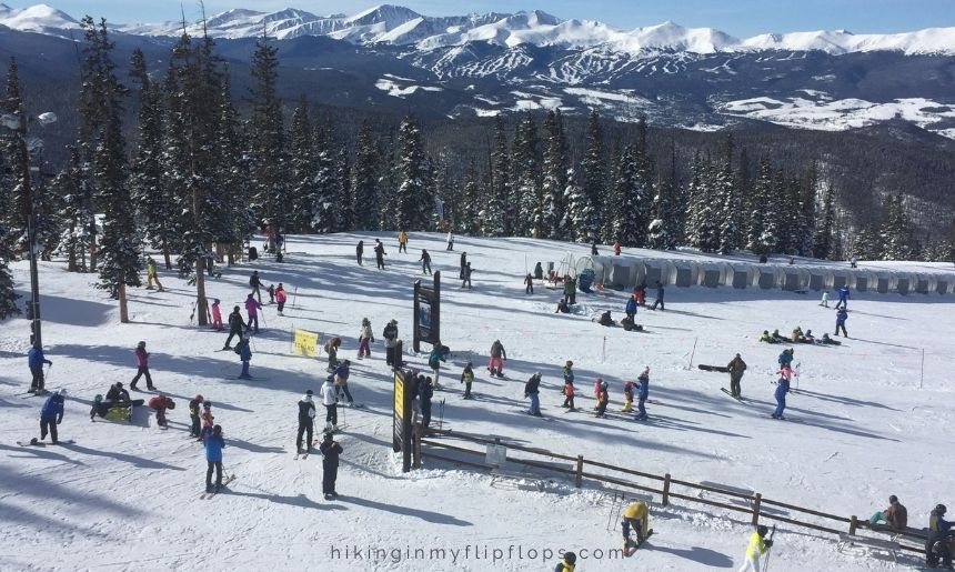 skiers at Keystone Co ski school, lessons are one of the best first time skiing tips