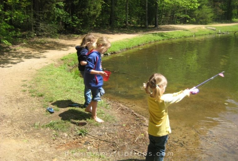 taking kids fishing is one of the best outdoor activities for families